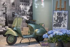 2 - VESPA 125 1951 - Vacanze Romane