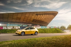 Nissan LEAF golden_03