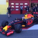 red bull pirelli 2017