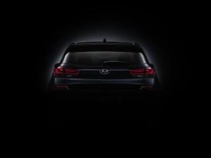 new_generation_hyundai_i30_teaser_rear