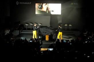 Renault_87383_global_fr