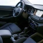 Hyundai_Tucson_SE_Interni-02