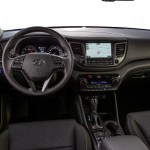 Hyundai_Tucson_SE_Interni-13