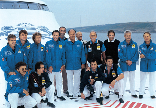 15 Arrivo Destriero, equipaggio con Aga Khan