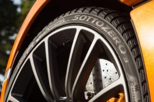 8583-McLaren+Winter+Tyres+271117_03