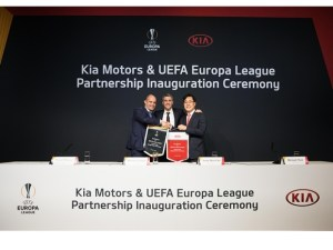 kia-uefa2.jpg.crop.620.466.high
