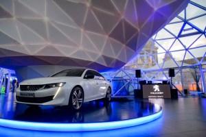 Peugeot_Lanterna_2018_Hi_1009