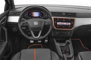 media-SEAT-introduces-its-Digital-Cockpit-to-the-Arona-and-Ibiza_007_HQ