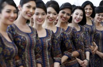 singapore airlines grid girls