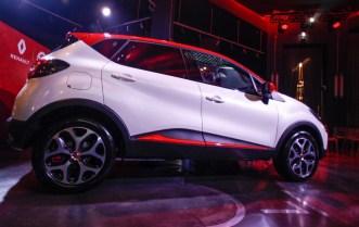 21218276_CS-_Renault_Garage_Italia_e_Facebook_insieme_a_bordo_fra_tradizione_e