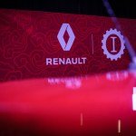 21218282_CS-_Renault_Garage_Italia_e_Facebook_insieme_a_bordo_fra_tradizione_e