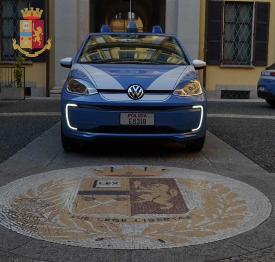 Volkswagen E-Up Polizia HQ 0001