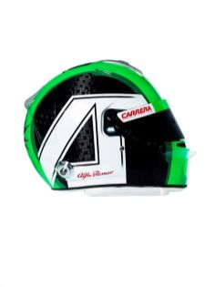 190218_Alfa-Romeo-Racing_Helmet-Antonio-Giovinazzi_01
