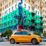 21227056_CS_-_Nuova_TWINGO_La_streetcar_innovativa_e_connessa_che_d_colore_e