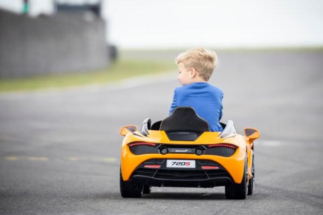 Large-11067-McLaren720SRide-On