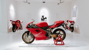 The Ducati 916 that belonged to Massimo Tamburini_5_UC81535_High