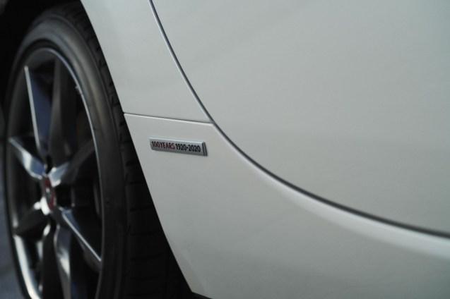 1875420_2020_100thSV_BRD10_EU_LHD_MX-5_Special_Badge
