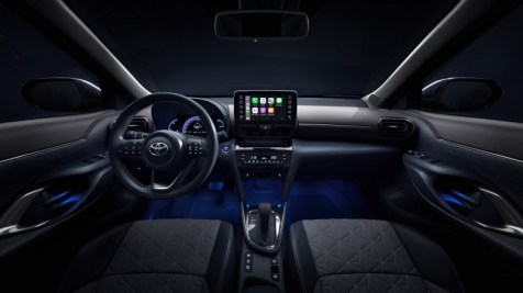 800_toyota-new-yaris-cross-interior-2