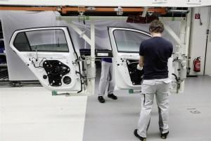media-La Volkswagen avvia la ripresa graduale della produzione_DB2020AL00464