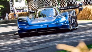 goodwood-speedweek-october-2020-volkswagen-id.r-fos-2019-jayson-fong-goodwood-16072020