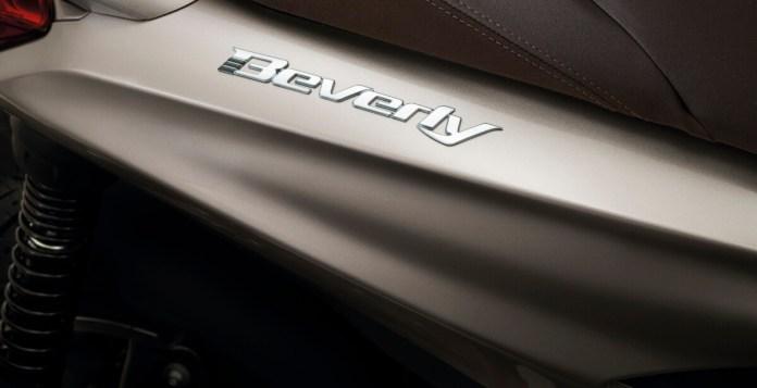 05-piaggio-beverly-300-hpe