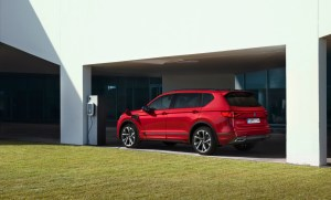 SEAT-electrifies-its-large-SUV-as-the-Tarraco-e-HYBRID-enters-production_01_HQ