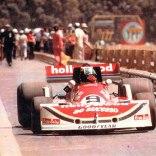 800px-1977_Argentine_Grand_Prix_Ribeiro