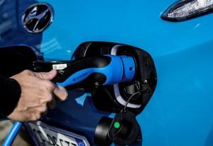 Nuova Hyundai KONA Electric (3)