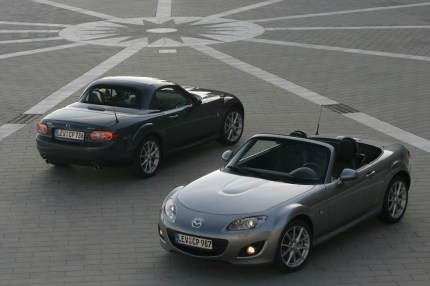 © Mazda / Mazda MX-5 Coupe & Mazda MX-5 Softtop