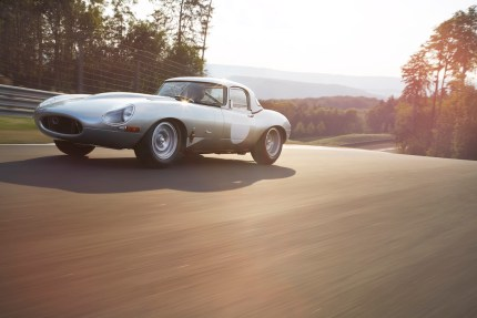 "© Jaguar Land Rover Limited / Jaguar Land Rover Special Operations enthüllt den ""neuen"" Lightweight E-TYPE"