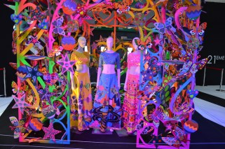 "© MotorNews kw_Pariser Automobilsalon 2014 / Alcantara® ""Life is beautiful"" vom indischen Modedesigner Manish Arora"