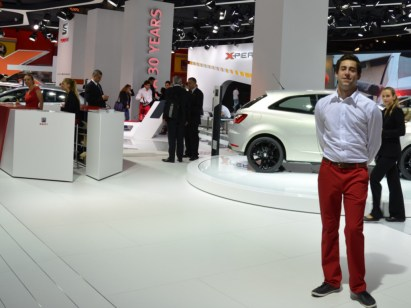 © MotorNews kw_Pariser Automobilsalon 2014/ Host & Hostess