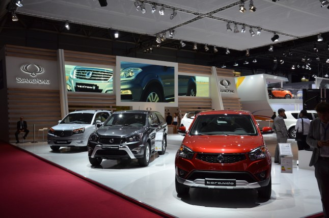 © MotorNews kw_Pariser Automobilsalon 2014 / SSangYong Messestand