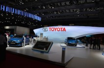 © MotorNews kw_Pariser Automobilsalon 2014 / Toyota Messestand