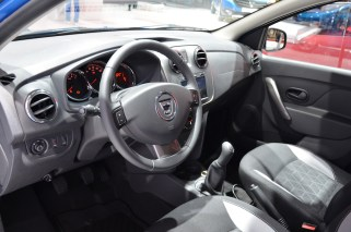 © MotorNews kw_Pariser Automobilsalon 2014 / Dacia Lodgy Stepway
