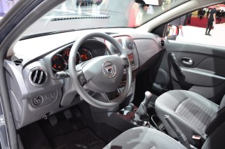 © MotorNews kw_Pariser Automobilsalon 2014 / Dacia Sandero Black Touch