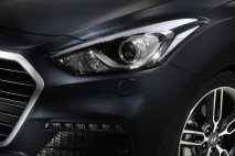 © Hyundai / Hyundai enthüllt die neue Top-Version New i30 Turbo