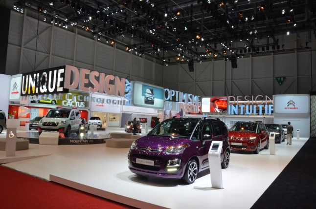 © MotorNews kw / 85. Auto-Salon Genf 2015 / Citroen Messestand