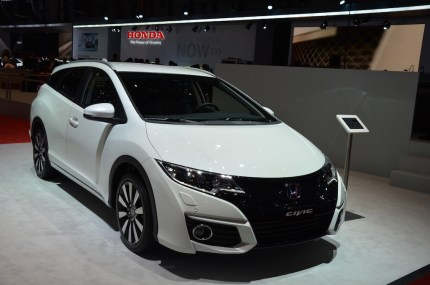 © MotorNews kw / 85. Auto-Salon Genf 2015 / Honda Civic Tourer