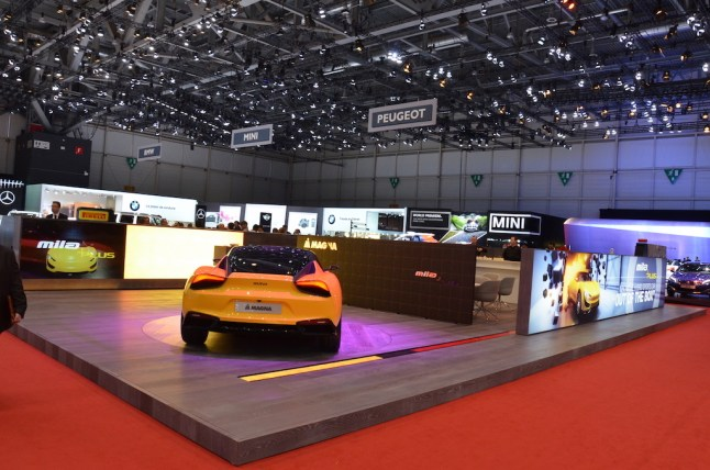 © MotorNews kw / 85. Auto-Salon Genf 2015 / Magna Messestand