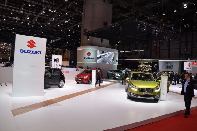 MotorNews kw Genf 2015 Suzuki Messestand