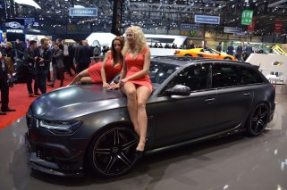 © MotorNews kw / 85. Auto-Salon Genf 2015 / Audi ABT RS6-R und Hostessen