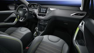 © Peugeot / Peugeot 208 Interieur - Lime Yellow