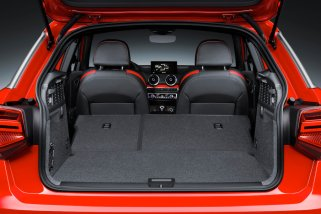 Luggage compartment, Colour: Tango Red