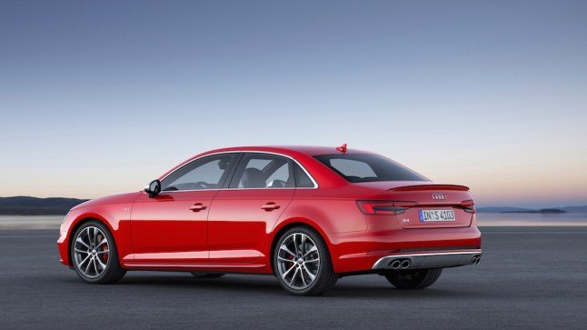 © Audi AG / Der neue Audi S4 / Colour: Misano Red