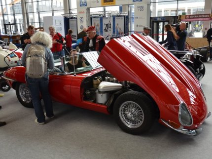© MotorNews kw / Klassikwelt Bodensee 2016_Old English Style / Jaguar E-Type