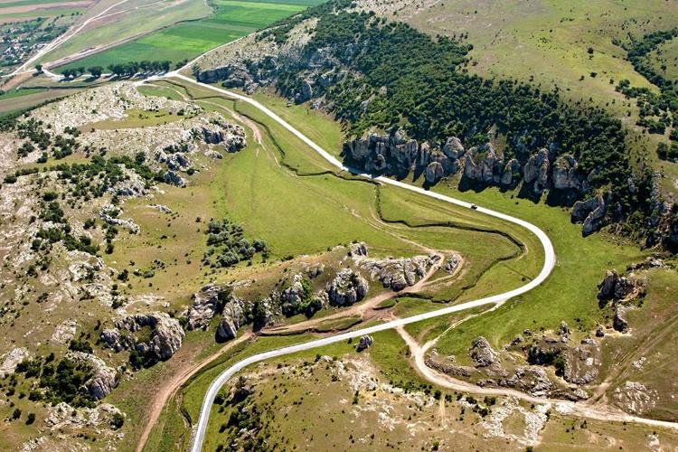 Constanta-Cetatea Histria-Enisala-Murghiol-Capidava-Cheile Dorbogei