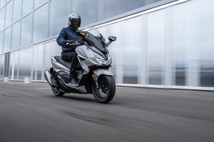 [motoȘtiri][Date tehnice-FOTO&VIDEO]Honda Forza 350 2021
