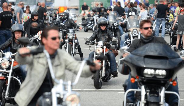 Harley Days in Hamburg: Sound oder Belästigung? Foto: Thomas Panzau Harley Days
