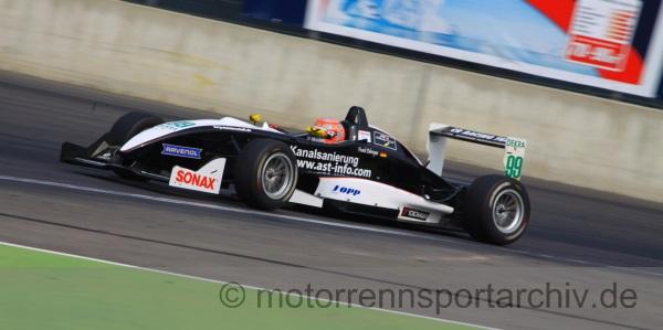 Der amtierende deutsche Bergmeister für Rennsportfahrzeuge Frank Debruyne startete erstmals im Rahmen des ATS-Formel-3-Cups auf der Rundstrecke